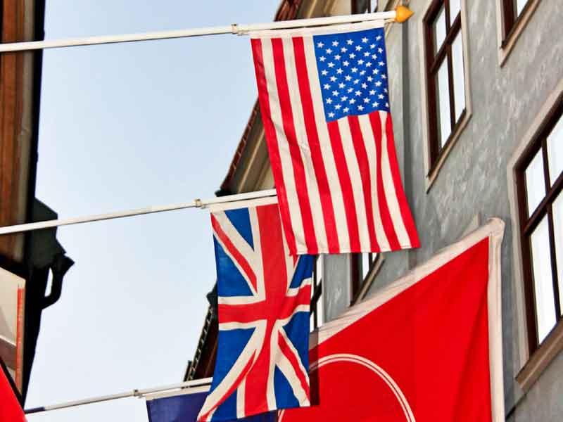 アメリカ、イギリス国旗